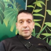 Денис Поздняков